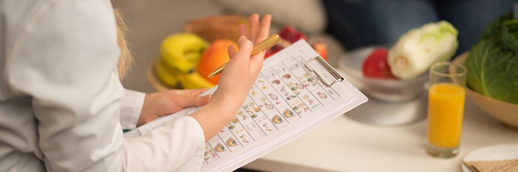 crohn's disease dietician